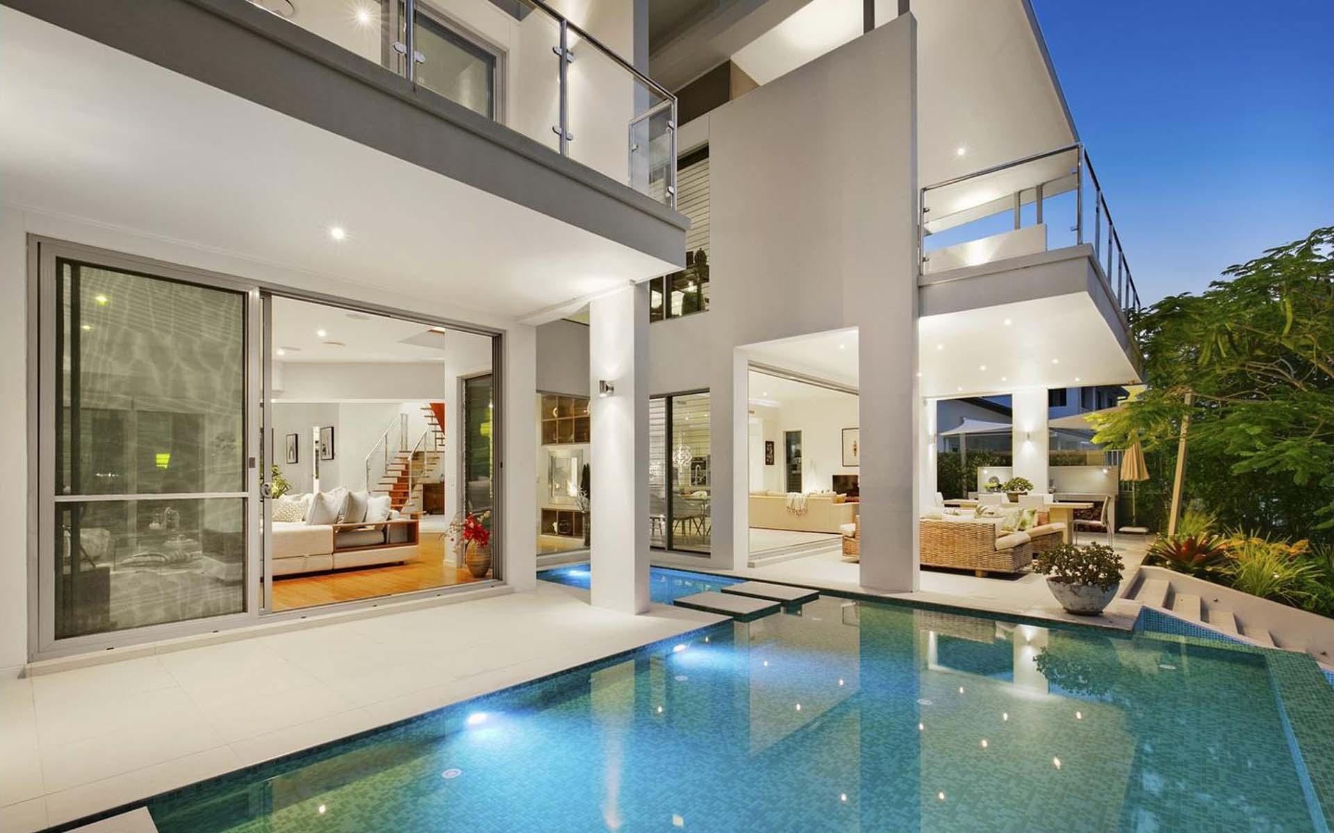 luxury homes gold coast