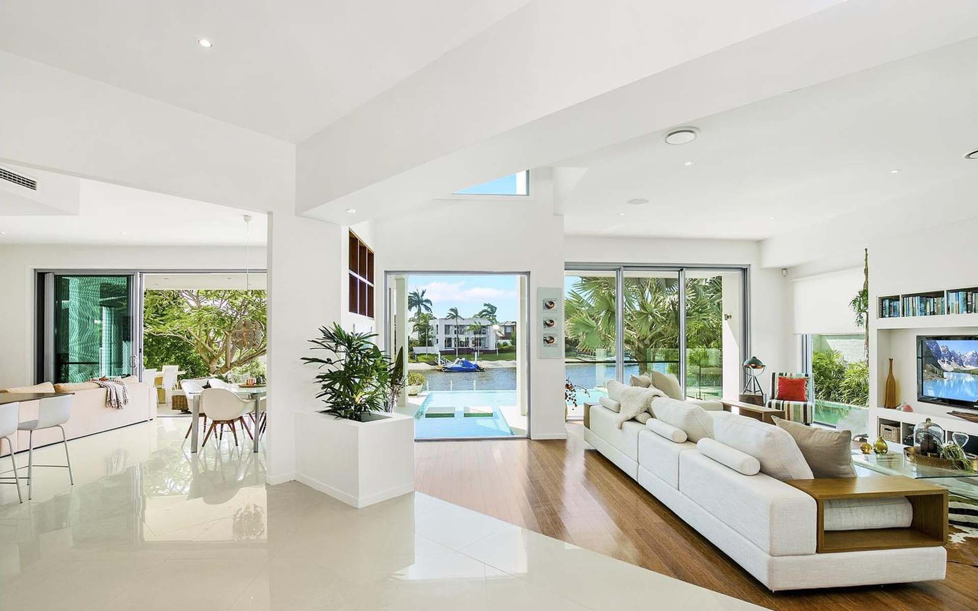 luxury homes gold coast